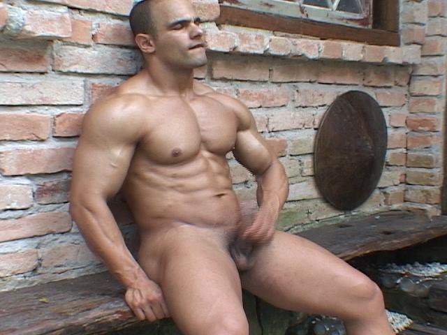 Power_Muscle_Men_Studs